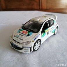Coches a escala: SAICO 1/32 33202 PEUGEOT 206 WRC LUKANDER GARDEMEISTER RALLY MONTE-CARLO 2001. Lote 247611220