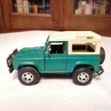 Coches a escala: NEW RAY 1/32 LAND ROVER VERDE. Lote 252264175
