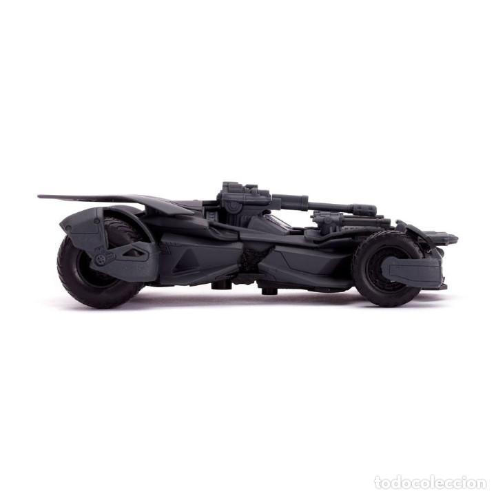 Coches a escala: Réplica coche Batmobile 1/32 - Justice League - Jada Toys - Foto 3 - 255385030