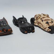 Coches a escala: 3 COCHES DE BATMAN. JADA TOYS. MADE IN CHINA. ESCALA 1/32.. Lote 256161850