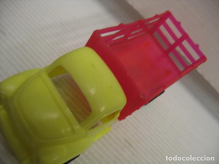 Coches a escala: coche y camion de plastico - Foto 8 - 275284003
