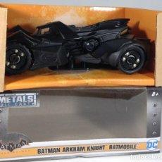 Coches a escala: COCHE BATMAN - BATMAN ARKHAM KNIGHT - BATMOBILE - ESCALA 1/32 *** JADA CAR METAL DIE CAST ***. Lote 279509273