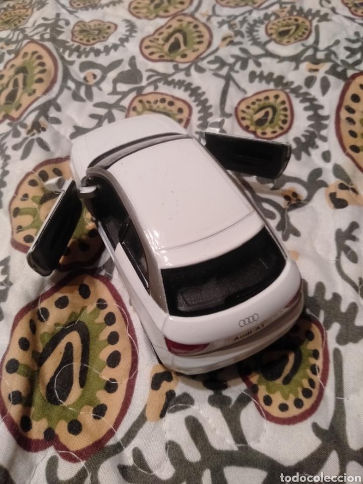 Coches a escala: Audi A 1 escala 1/32. Marca Kinsmart. Año: 2010. - Foto 4 - 287031493