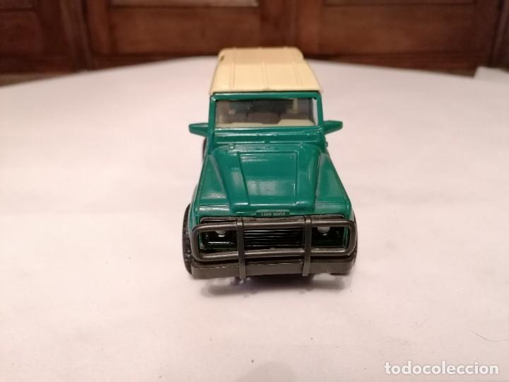 Coches a escala: New Ray 1/32 Land Rover Verde Buen Estado - Foto 2 - 287328823