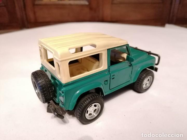 Coches a escala: New Ray 1/32 Land Rover Verde Buen Estado - Foto 3 - 287328823