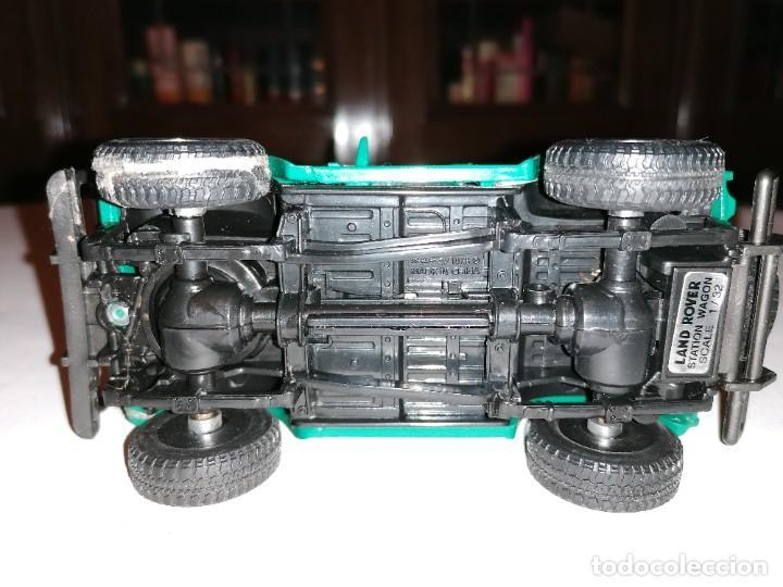Coches a escala: New Ray 1/32 Land Rover Verde Buen Estado - Foto 6 - 287328823