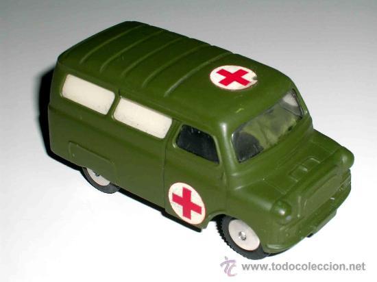 Coches a escala: Bedford ambulancia militar ref. 405, fabricada en metal por la casa Corgitoys, años 60. Excelente - Foto 4 - 26403657