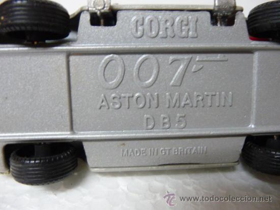 Coches a escala: ASTON MARTIN DB5 JAMES BOND 007 - CORGI - MADE IN ENGLAND (AÑOS 80) - Foto 2 - 27295227