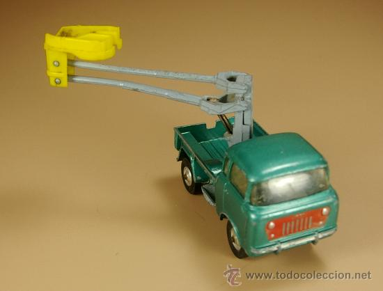 Coches a escala: JEEP FC 150 BRAZO ARTICULADO 4x4 - CORGI TOYS - Made in Gt. Britain - VINTAGE - Foto 2 - 126153368