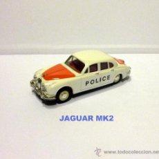 Coches a escala: POLICIA POLICE 1/43 1965 JAGUAR MK II ( MK 2 ) . Lote 34865104