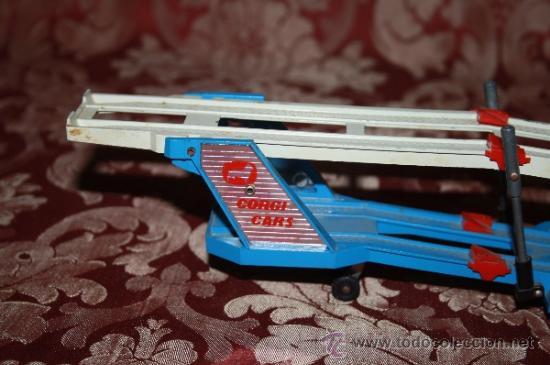 Coches a escala: CORGI TOYS - CAR TRANSPORTER WITH FORD TILT CAB 'H' SERIES TRACTOR 1138 - AÑOS 60 - CAJA ORIGINAL - Foto 13 - 35683979