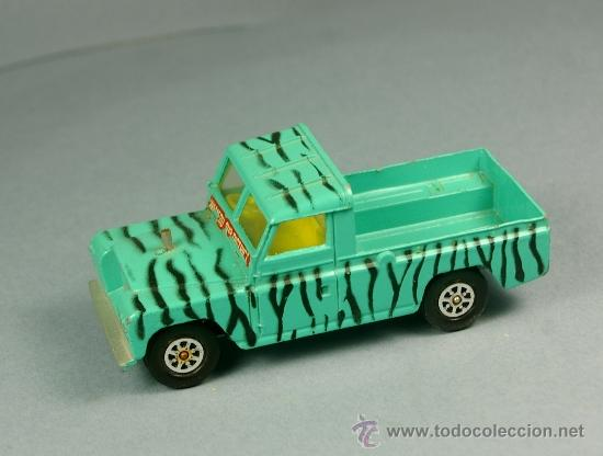 Coches a escala: LAND ROVER 109 PICK-UP DAKTARI WAMERU SUR DISTRICT Pickup - CORGI TOYS Made in G. B. 1/43 - VINTAGE - Foto 3 - 38364766