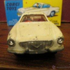 Coches a escala: CORGI 1965 VOLVO P1800 FAROS BRILLANTES Y CONDUCTOR EN CAJA REPRO. Lote 42412266