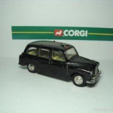 Coches a escala: AUSTIN TAXI CAB DE CORGI TOYS ESCALA 1,43.. Lote 31232317