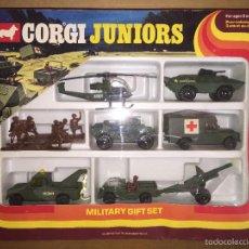 Coches a escala - CAJA VINTAGE DE CORGI JUNIORS- MILITARY GIFT SET COMPLETO SIN USO - 58196254