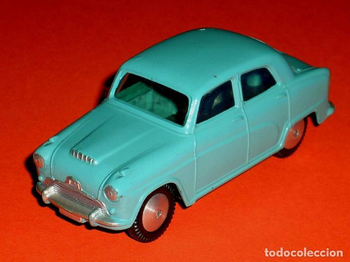 Coches a escala: Austin Cambridge ref. 201, metal esc. 1/43, Corgi Toys, original año 1956. - Foto 2 - 68617497