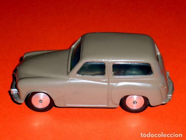 Coches a escala: Hillman Husky ref. 206, metal esc. 1/43, Corgi Toys, original año 1956. - Foto 2 - 68618753
