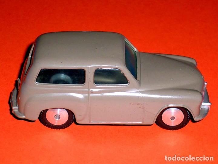 Coches a escala: Hillman Husky ref. 206, metal esc. 1/43, Corgi Toys, original año 1956. - Foto 5 - 68618753
