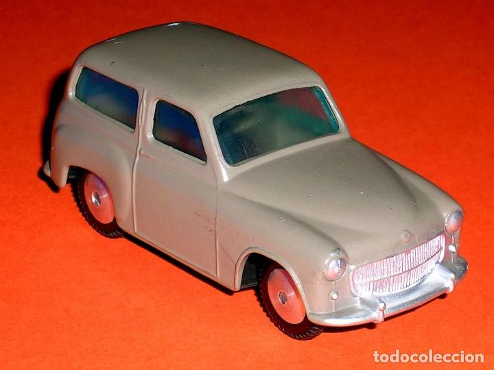 Coches a escala: Hillman Husky ref. 206, metal esc. 1/43, Corgi Toys, original año 1956. - Foto 6 - 68618753