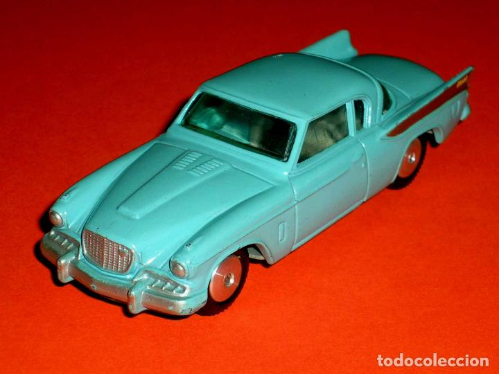 Coches a escala: Studebaker Golden Hawk ref. 211, metal esc. 1/43, Corgi Toys, original años 50. - Foto 2 - 69973437