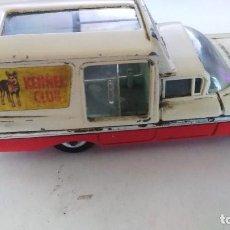 Coches a escala: CHEVROLET IMPALA - CORGI TOYS COCHE KENNEL MODEL CAR ENG. Lote 76667151