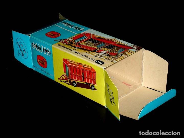 Coches a escala: Caja vacía empty box Chipperfield´s Circus Animal cage 1123 esc. 1/43, Corgi Toys. Original años 60. - Foto 3 - 87464256