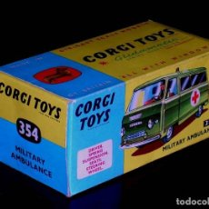 Coches a escala: CAJA VACÍA EMPTY BOX COMMER MILITARY AMBULANCE REF. 354, ESC. 1/43, CORGI TOYS. ORIGINAL AÑOS 60.. Lote 87468188