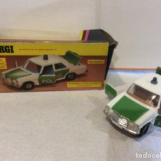 Coches a escala: CORGI MERCEDES-BENZ 240D POLICE CAR. POLZEI GERMAN POLICE CAR, 412, MIB - FLA. Lote 103121615