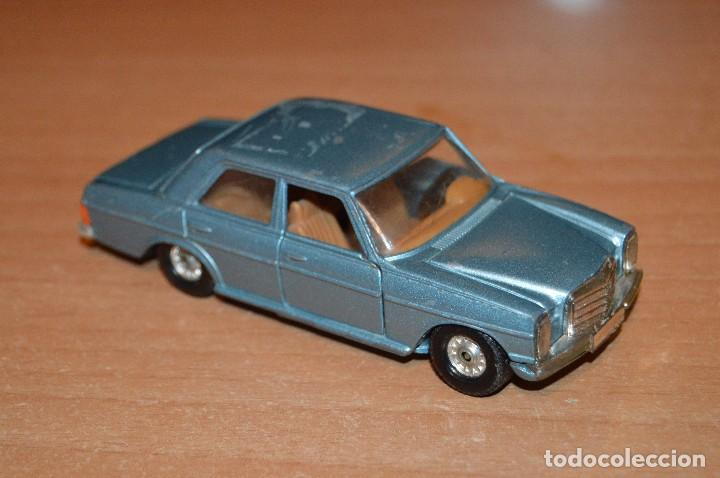 Coches a escala: VINTAGE - LOTE DE 2 COCHES CORGI - ESCALA 1/36 - MERCEDES 240D / BUICK REGAL KOJAK - MADE IN GB - - Foto 11 - 108617523