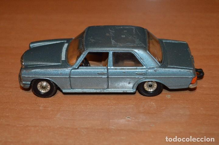 Coches a escala: VINTAGE - LOTE DE 2 COCHES CORGI - ESCALA 1/36 - MERCEDES 240D / BUICK REGAL KOJAK - MADE IN GB - - Foto 13 - 108617523