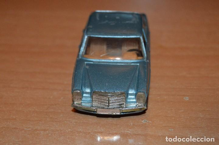 Coches a escala: VINTAGE - LOTE DE 2 COCHES CORGI - ESCALA 1/36 - MERCEDES 240D / BUICK REGAL KOJAK - MADE IN GB - - Foto 14 - 108617523
