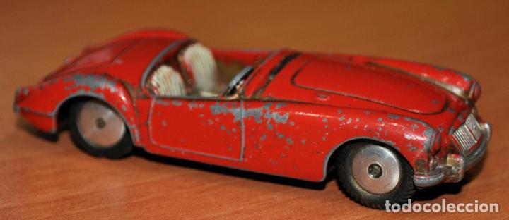 ANTIGUO COCHE MGA DE CORGI TOYS. ESCALA 1/43 (Juguetes - Coches a Escala 1:43 Corgi Toys)