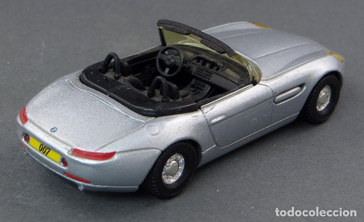 Coches a escala: BMW Z8 Corgi Toys 1/36 años 90 - Foto 2 - 122683255