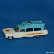 Coches a escala: (M) CORGI TOYS SUPERIOR AMBULANCE ON CADILLAC CHASSIS , SEÑALES DE USO NORMALES. Lote 150453898