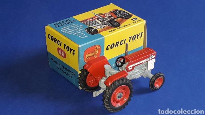 Coches a escala: Tractor Massey Ferguson 165 ref. 66, esc. 1/43, Corgi Toys. Original años 60. Caja original. - Foto 4 - 153743384