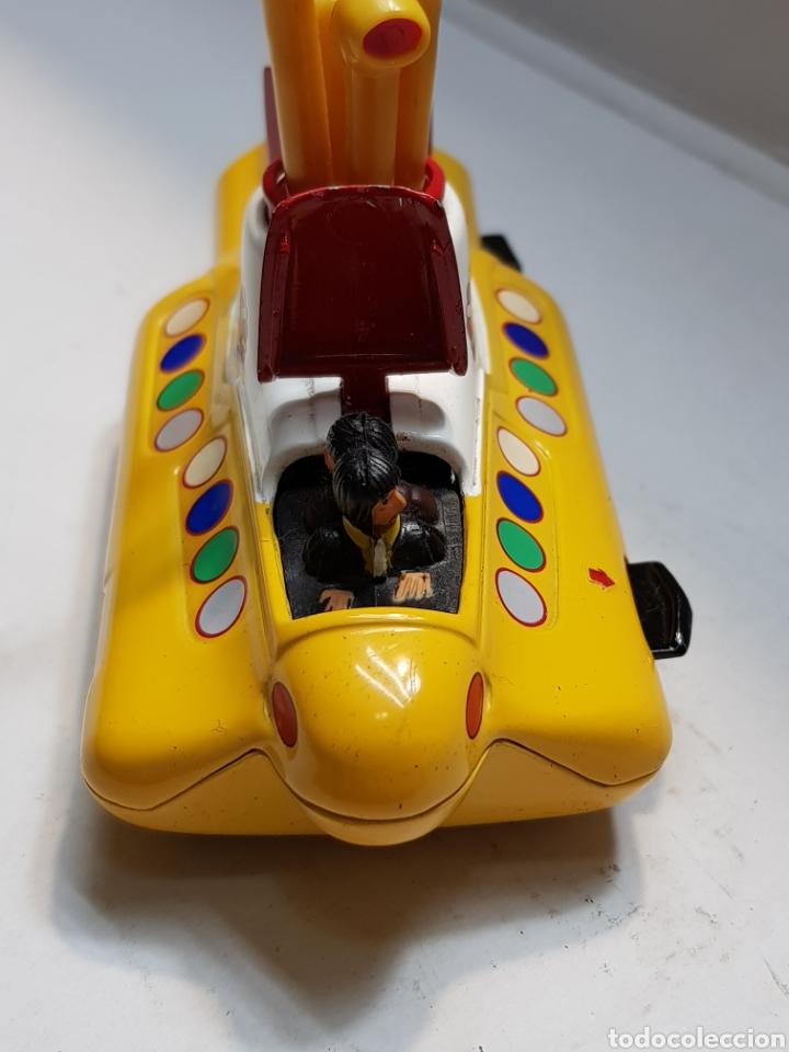 Coches a escala: Beatles Yellow Submarine de Corgi escaso - Foto 3 - 160305496