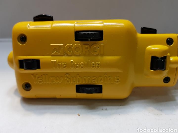 Coches a escala: Beatles Yellow Submarine de Corgi escaso - Foto 7 - 160305496