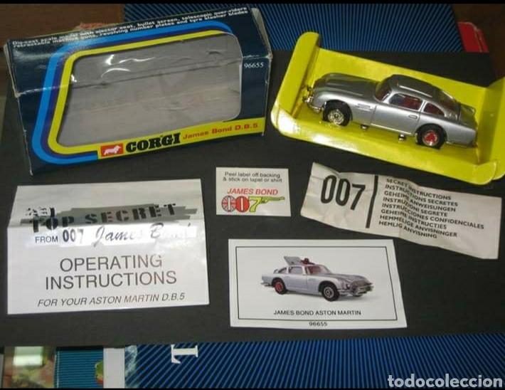 CORGI TOYS JAMES BOND 007 (Juguetes - Coches a Escala 1:43 Corgi Toys)