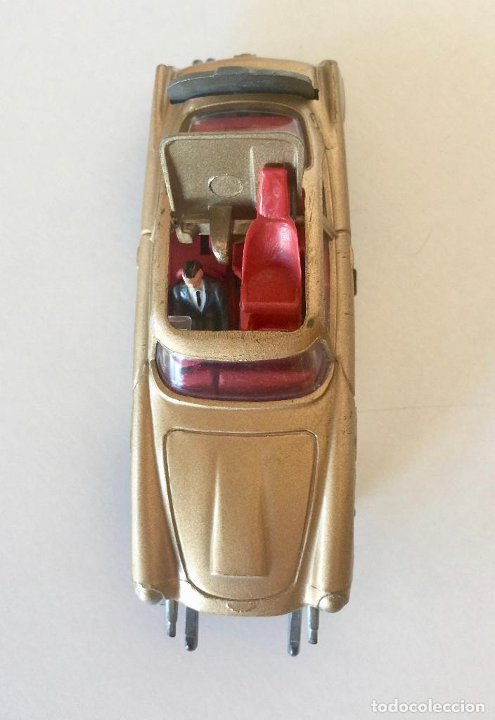 Coches a escala: CORGI TOYS JAMES BOND ASTON MARTIN DB5 – DORADO - VINTAGE 1965 ENGLAND - Foto 5 - 183002346