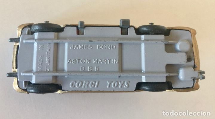 Coches a escala: CORGI TOYS JAMES BOND ASTON MARTIN DB5 – DORADO - VINTAGE 1965 ENGLAND - Foto 9 - 183002346