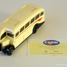 Coches a escala: CORGI CLASSIC COMMERCIALS AEC REGAL EASTERN COUNTIES REF 98161 1:50. Lote 198927210