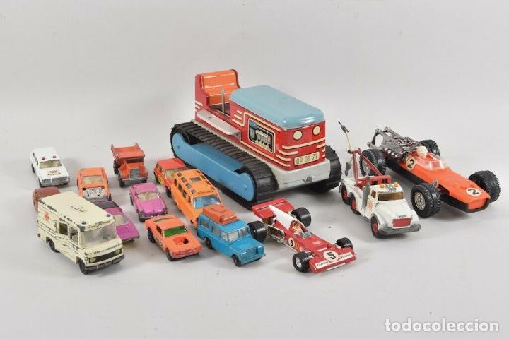 COLECCIÓN JUGUETES COCHES UA. MATCHBOX, CORGITOYS, SIKU DE 5,5 TRACTOR ORUGA HOJALATA 18 CM. 143 EU (Juguetes - Coches a Escala 1:43 Corgi Toys)