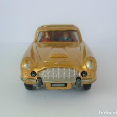 Coches a escala: VINTAGE CORGI Nº261 JAMES BOND ASTON MARTIN, AÑO 1965, PRIMERA VERSION.. Lote 196278768