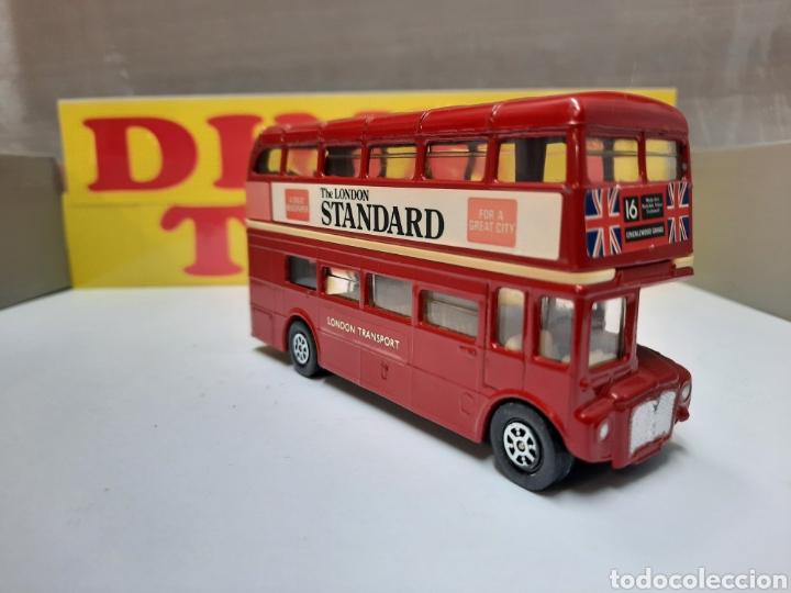 Coches a escala: CORGI BUS LONDON TRANSPORT AUTOBUS THE LONDON STANDARD - Foto 5 - 214318505