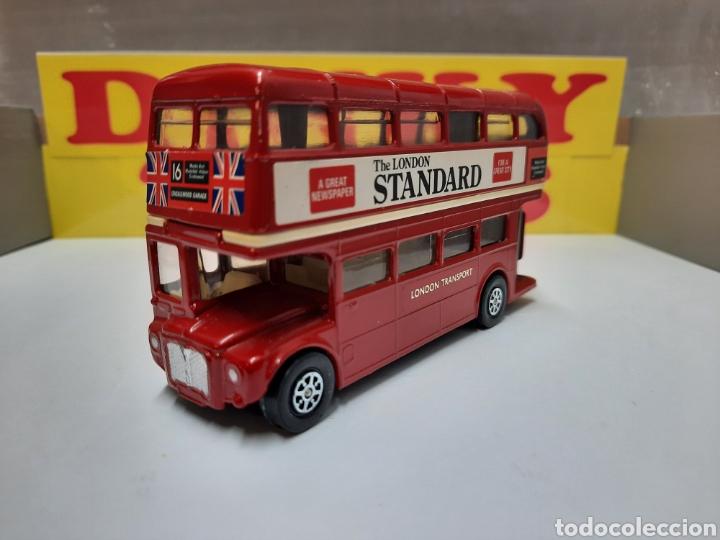 CORGI BUS LONDON TRANSPORT AUTOBUS THE LONDON STANDARD (Juguetes - Coches a Escala 1:43 Corgi Toys)