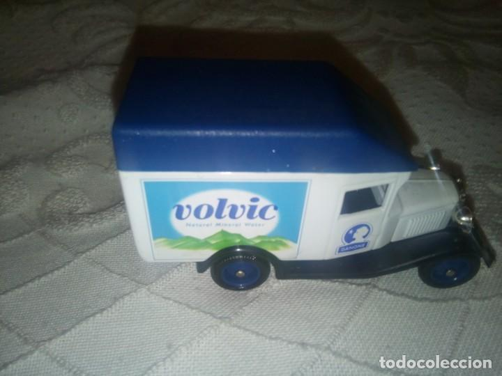 Coches a escala: Furgoneta Volvic de CORGI. Modelo A Ford Van - Foto 5 - 229022080