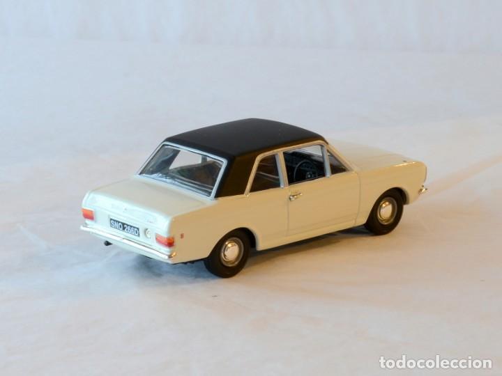 Coches a escala: Vanguards VA04100 Ford Cortina MKII GT1:43 Lledo Corgi - Foto 7 - 236982990
