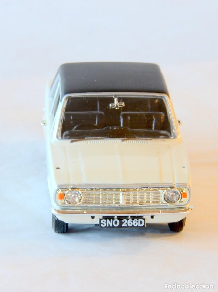 Coches a escala: Vanguards VA04100 Ford Cortina MKII GT1:43 Lledo Corgi - Foto 9 - 236982990