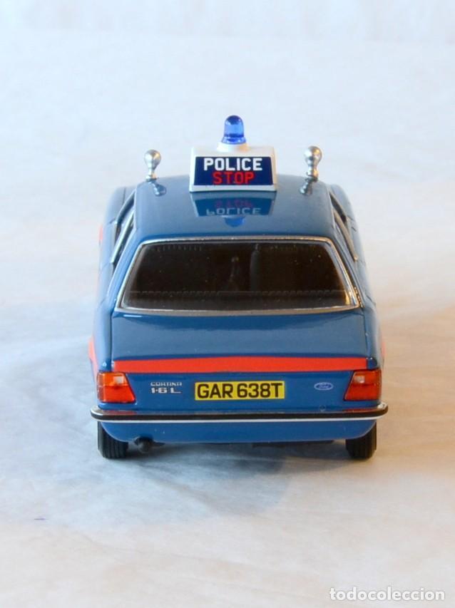Coches a escala: Vanguards VA11901 Ford Cortina MKIV Police 1:43 Lledo Corgi - Foto 7 - 236985760