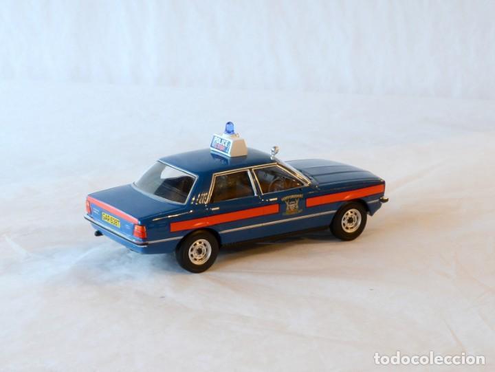 Coches a escala: Vanguards VA11901 Ford Cortina MKIV Police 1:43 Lledo Corgi - Foto 8 - 236985760